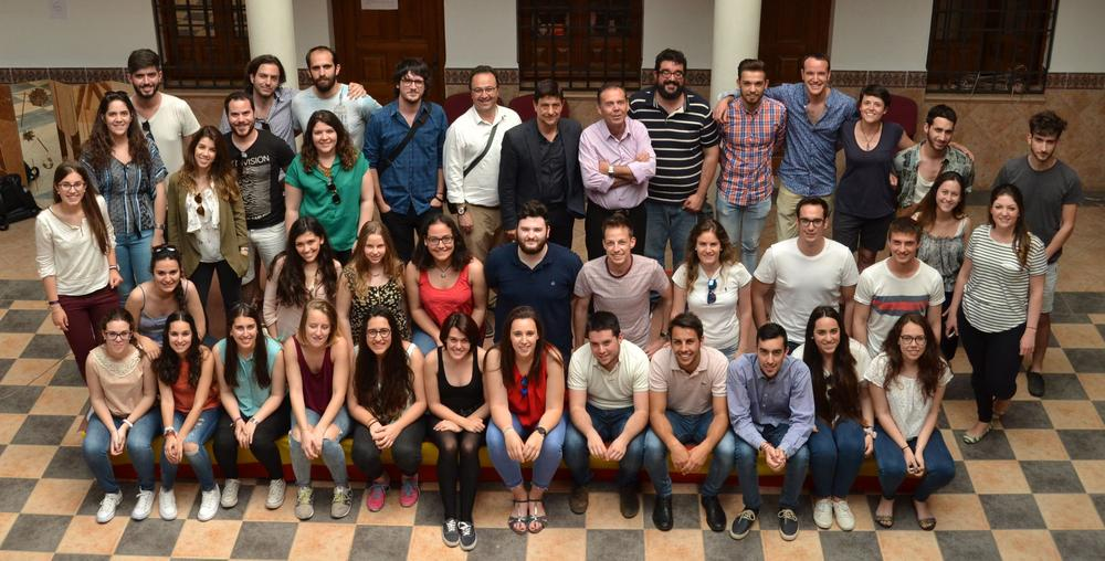Cinco alumnos de la escuela superior de arquitectura de - Escuela superior de arquitectura de san sebastian ...