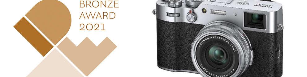 """La cámara digital compacta premium """"FUJIFILM X100V"""" gana el premio de bronce en el prestigioso premio de diseño estadounidense IDEA"""