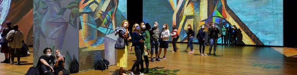 Los proyectores de Panasonic permiten experimentar de manera inmersiva célebres obras impresionistas