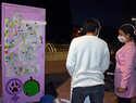 Entidades de Ciudad Real pintan una decena de puertas violetas para concienciar contra la violencia de género