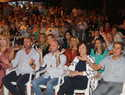 El cantautor Unai Quirós dio la bienvenida a las Fiestas de la Vendimia sorprendiendo con su pregón musical