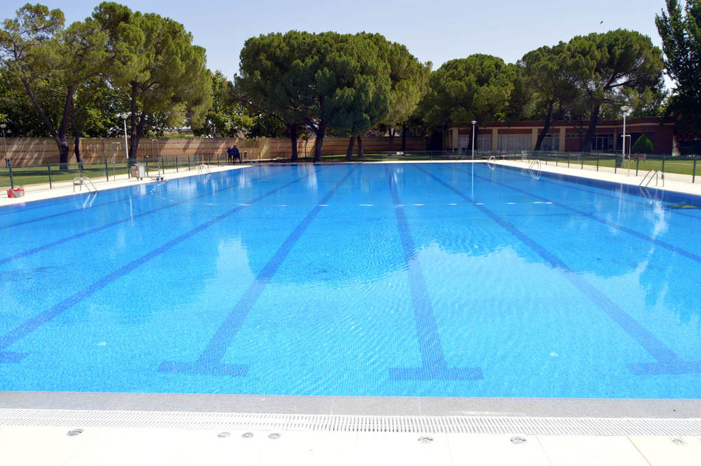 La piscina ol mpica del polideportivo rey juan carlos i - Piscina arganda del rey ...
