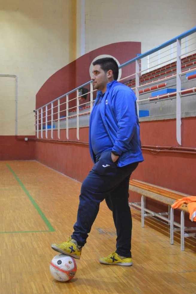 Entrevista a Jaime GarcíaLuna, entrenador del Salesianos Puertollano