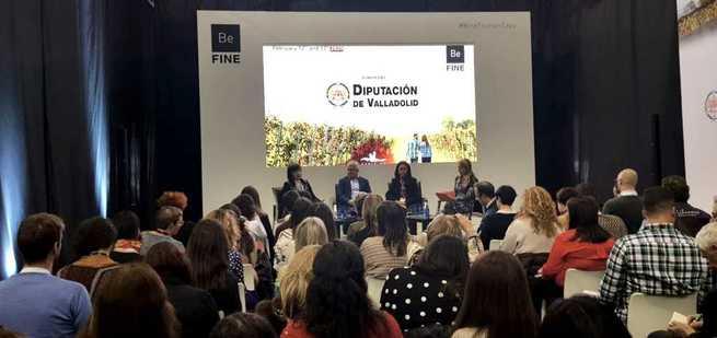 La alcaldesa de Alcázar participó en las Jornadas Be Fine de Valladolid como presidenta de ACEVIN