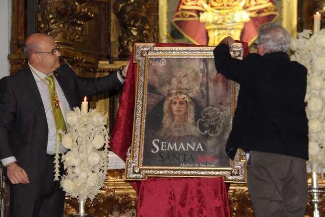 La Cofradía del Santo Entierro y su virgen de La Soledad, protagonistas del cartel de la Semana Santa 2020