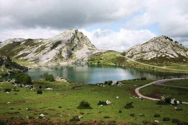 España se prepara para impulsar el turismo tras el COVID-19