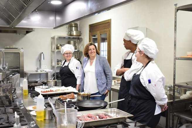 Castilla-La Mancha ultima los primeros cursos de formación online para más de un millar de profesionales de la hostelería y el turismo