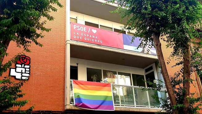 El PSOE de Albacete se suma a la conmemoración del Día Internacional del Orgullo LGTBI y llama a ondear la bandera multicolor frente a los mensajes de odio