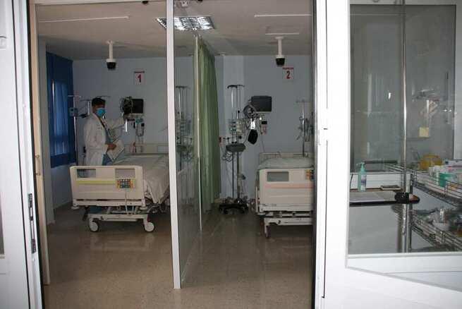 El Hospital de Cuenca culmina la dotación de las camas de cuidados críticos sobrepasando la cifra recomendada por el Ministerio de Sanidad