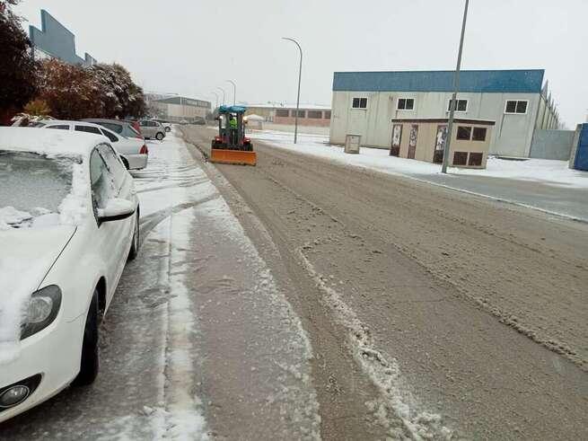 El Ayuntamiento de La Roda dispone 5.000 kilos de sal y 40 efectivos ante la previsión de nieve
