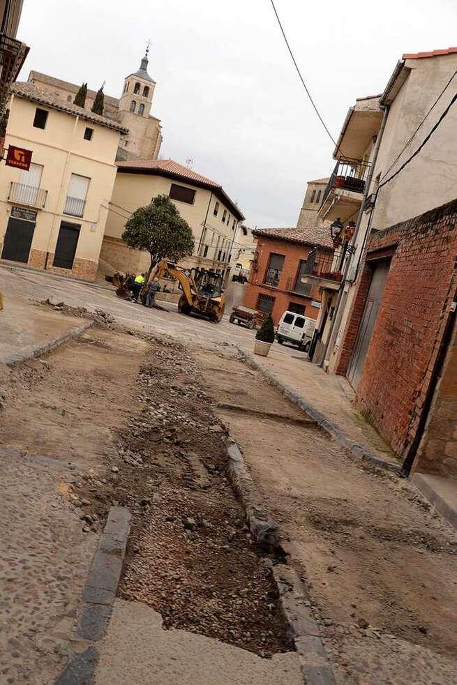 Mejora del urbanismo, estética y funcionalidad de la Plazuela y calle Comercio de Cogolludo