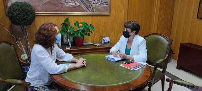 La Alcaldesa de Socuéllamos y la Subdelegada del Gobierno en Ciudad Real tratan diferentes asuntos de seguridad