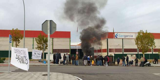 El grupo Sangarcía apoquina 326.000 euros a 28 trabajadores despedidos en navidad por Compo Factory Toledo