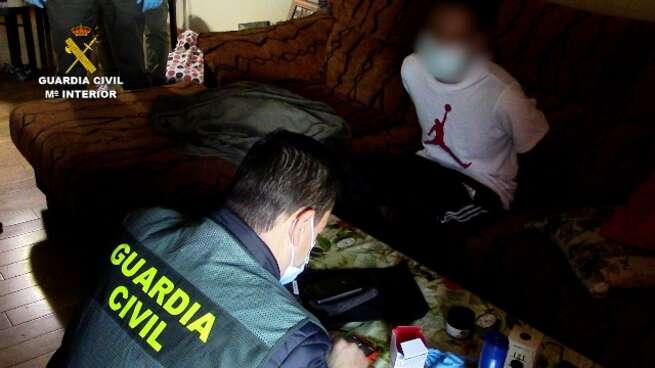 La Guardia Civil detiene a cinco miembros de la banda latina Dominican Don't Play por intento de homicidio en Seseña