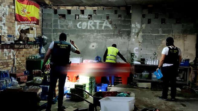 """Desarticulada en Melilla una organización dedicada a la venta y distribución de cápsulas de """"gas de la risa"""" y tráfico de drogas"""