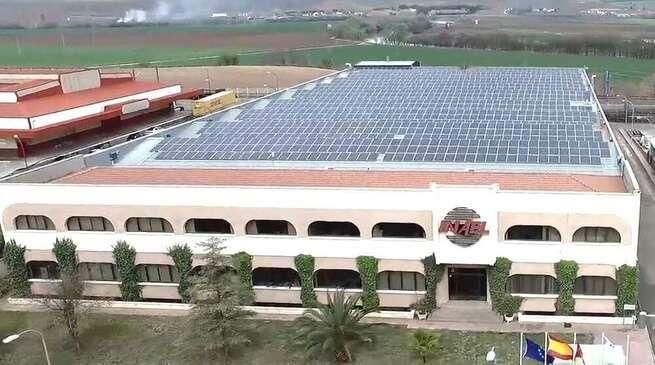 CCOO-Toledo e Inael Electrical Systems alcanzan un acuerdo para la estabilidad del empleo en su centro del Polígono Industrial de Toledo