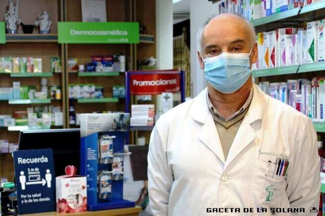 Alfredo Carvajal: 'Sería positivo vacunar en las farmacias'