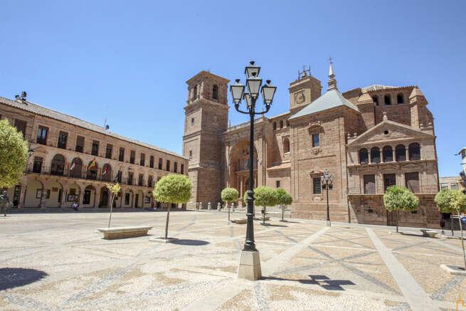La Diputación de Ciudad Real aprueba un anticipo de 200.000 euros al Ayuntamiento de Vva. de Los Infantes para la renovación de instalaciones de alumbrado