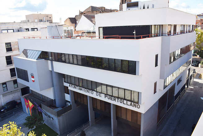 Convocadas en Puertollano tras plazas de ayudante por concurso-oposición