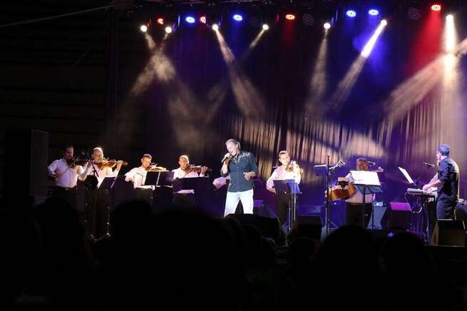 Bolaños de Calatrava disfrutó del concierto de Bertín Osborne en el ecuador de sus Fiestas Patronales
