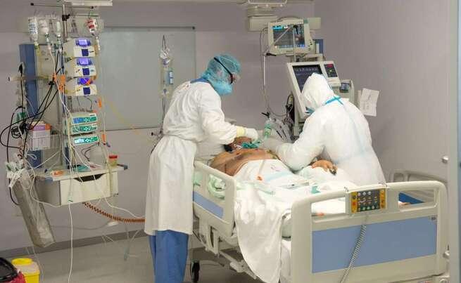 Los hospitales de Toledo, Guadalajara y Cuenca ya no tienen pacientes COVID en sus UCIS