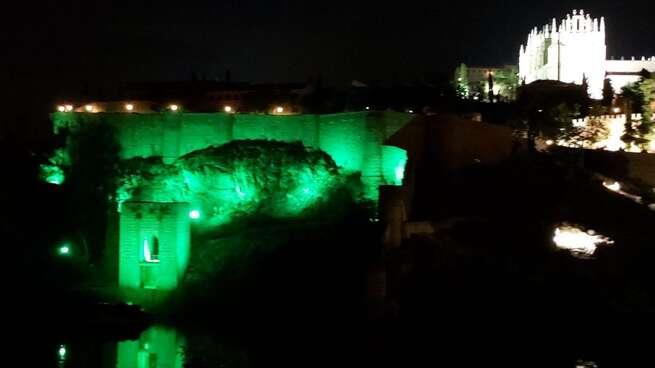 Iluminación especial en Toledo por las enfermedades mitocondriales y el Encuentro estatal de personas con discapacidad intelectual