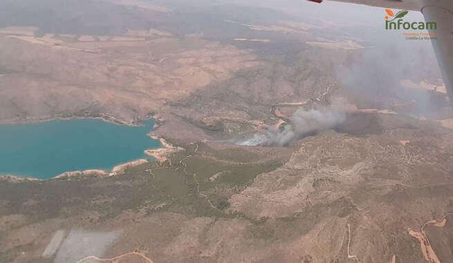 Escudero: El incendio de Lietor está estabilizado y en el de Tobarra va en camino de hacerlo