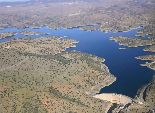 El Ayuntamiento de Mestanza plantea la navegabilidad recreativa del pantano del Montoro