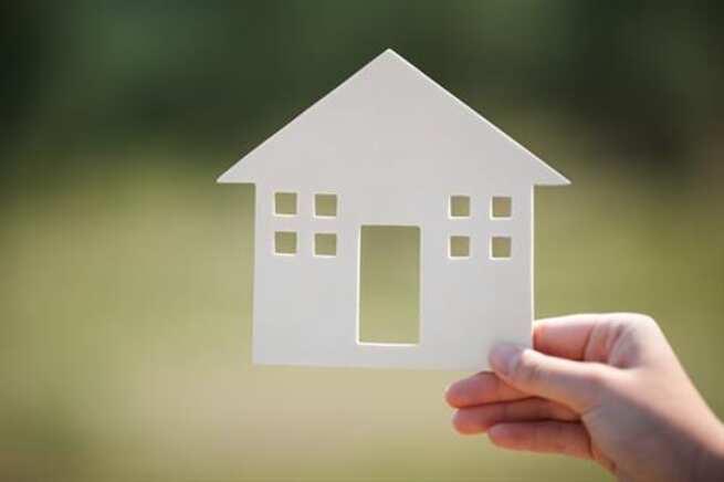 La compraventa de viviendas cae en Castilla-La Mancha un 58,6% en mayo, por encima de la media nacional
