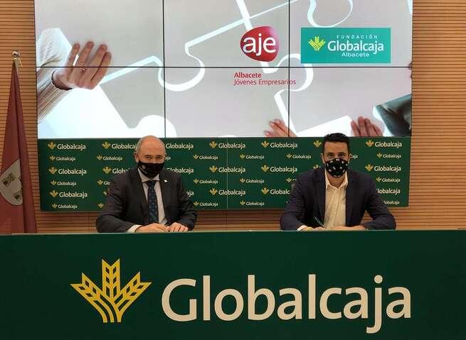 La Fundación Globalcaja Albacete reafirma su compromiso con el emprendimiento de la mano de AJE