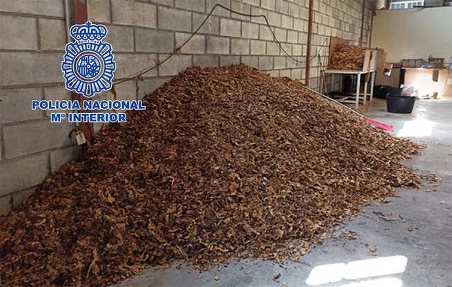 La Policía Nacional desarticula una organización dedicada a la venta de picadura de tabaco a domicilio a través de paquetería