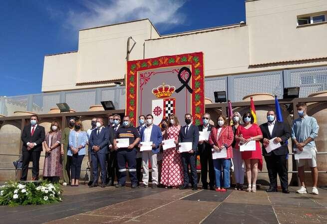 Valdepeñas reconoce a los colectivos que trabajaron en primera línea durante la pandemia