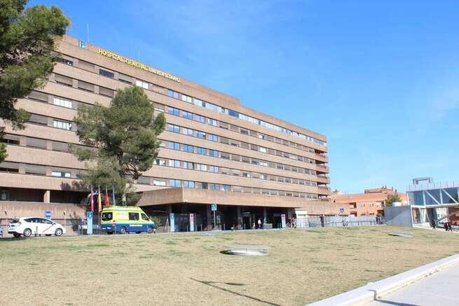 Trasladado al hospital en helicóptero un hombre que quedó atrapado por un tractor tras volcar, en Solanilla (Albacete)