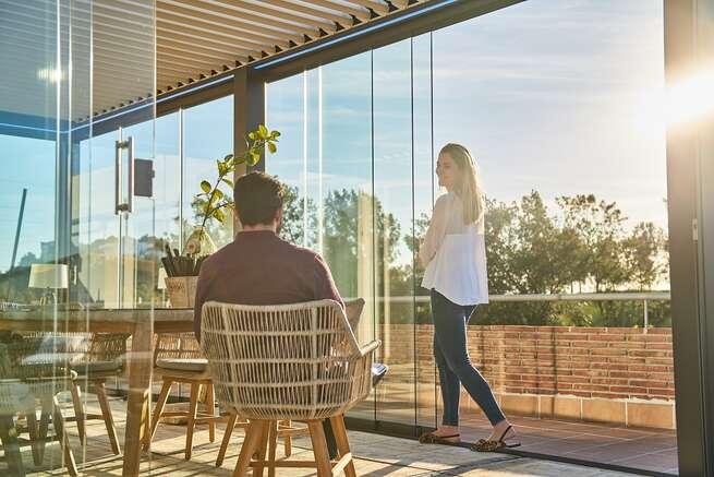 Cómo ganar intimidad en tu terraza en los meses de verano