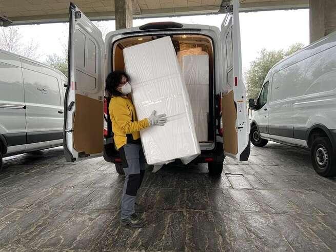 Castilla-La Mancha ha distribuido esta semana más de 200.000  artículos de protección para profesionales sanitarios