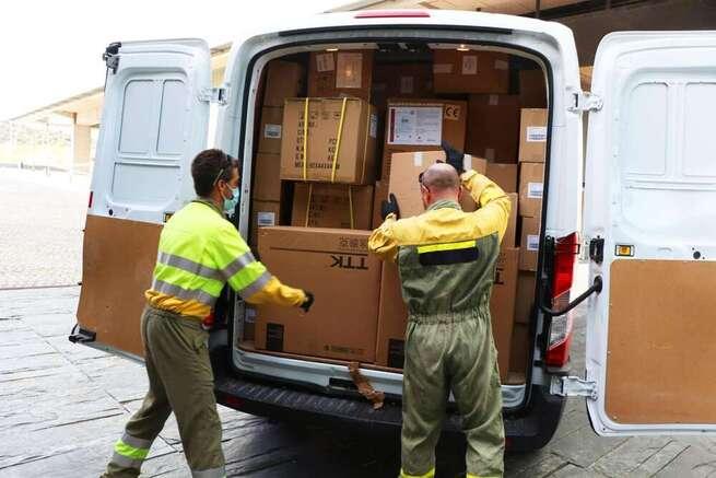 Se han distribuio esta semana en Castilla-La Mancha otros 300.000 artículos de protección en los centros sanitarios