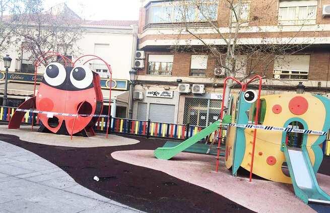 Puertollano decreta el cierre de parques infantiles, reducción del mercadillo y acciones rigurosas contra el botellón