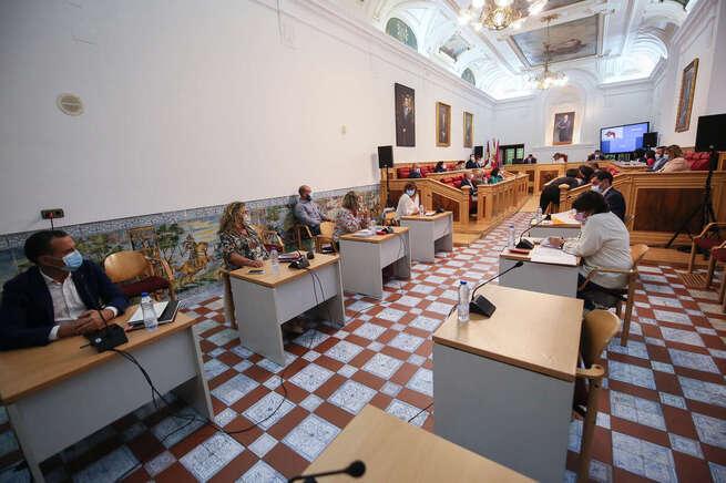 El Pleno del Ayuntamiento de Toledo aprueba una declaración institucional de apoyo y solidaridad con la isla de La Palma