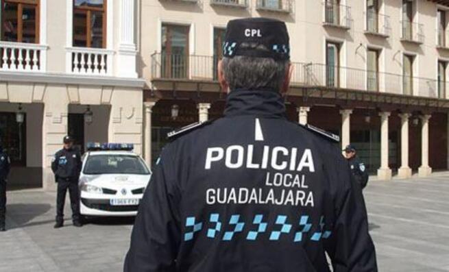 La Policía Local de Guadalajara impone doce denuncias a cinco establecimientos por incumplir las medidas de seguridad e higiene frente al Covid-19
