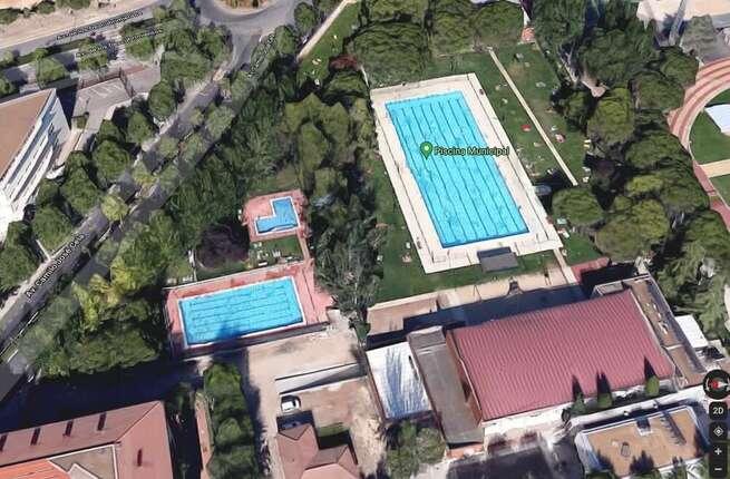 Trasladado al hospital un menor rescatado del fondo de una piscina en Ciudad Real capital