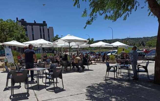 Castilla-La Mancha permite a partir de este viernes la apertura de locales de hostelería y restauración y de las superficies comerciales