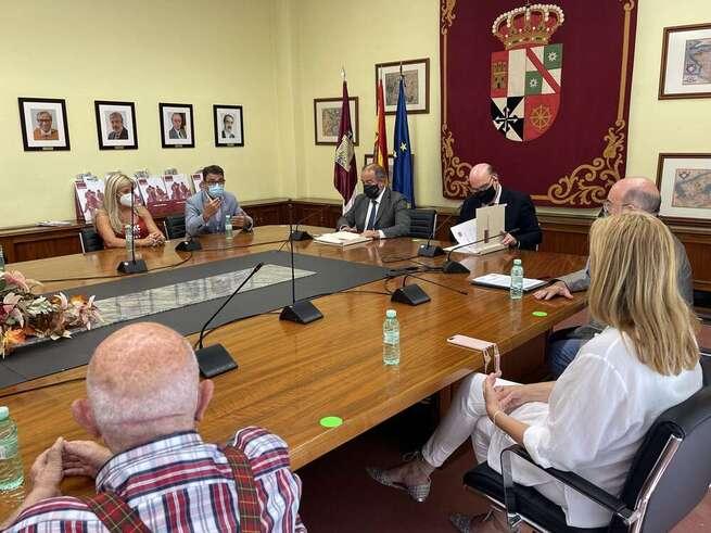 La UCLM y la Academia de Gastronomía de Castilla-La Mancha crearán una cátedra universidad-empresa de gastronomía