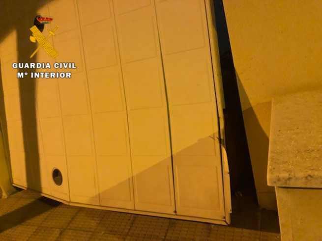 La Guardia Civil sorprende en Seseña a dos delincuentes en el interior de la vivienda donde estaban robando