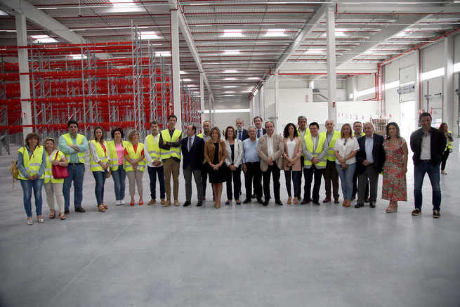 Milagros Tolón avanza negociaciones con una nueva gran empresa y la creación de 2.000 nuevos puestos de trabajo