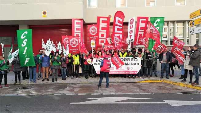 CCOO califica de éxito rotundo la primera jornada de Huelga General en Correos, con un seguimiento medio del 80%
