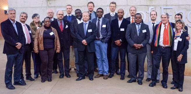 Imagen: La UCLM participa en un proyecto para eliminar la contaminación y desinfección del agua en el sur de África