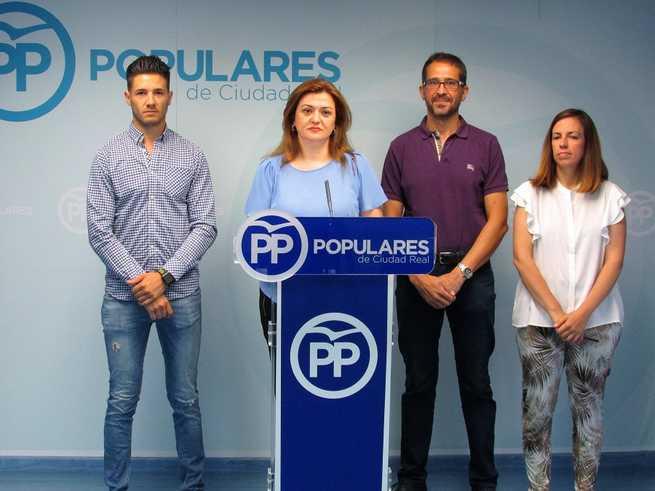 El PP exige la dimisión inmediata de Mayte Fernández y anuncia que, si no se produce, liderará una moción de censura