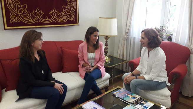 Primer encuentro entre la subdelegada y la nueva alcaldesa de Villarta de San Juan