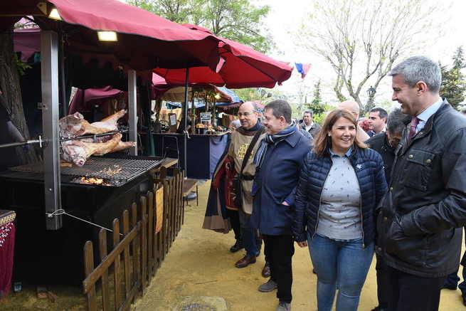 El presidente de Castilla-La Mancha participa este sábado en las XX Jornadas Medievales de la localidad toledana de Oropesa
