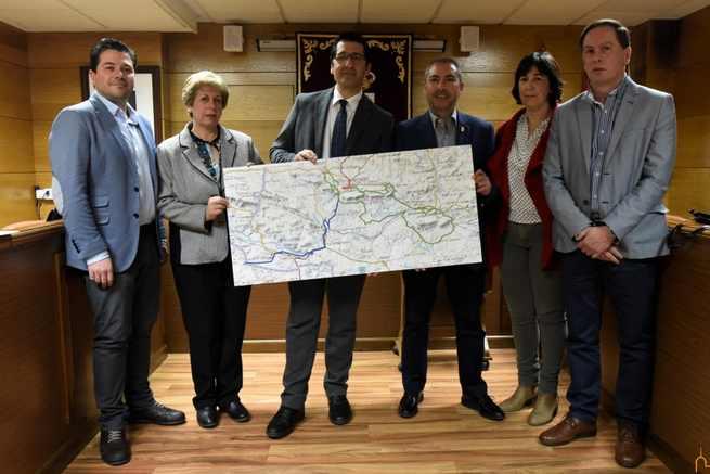 El Presidente de la Diputación de Ciudad Real presenta en Almadén las Rutas del Azogue y de los Mineros